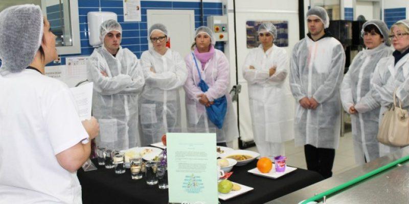 Vinalopó Salud realiza un taller de cocina saludable para pacientes diabéticos.