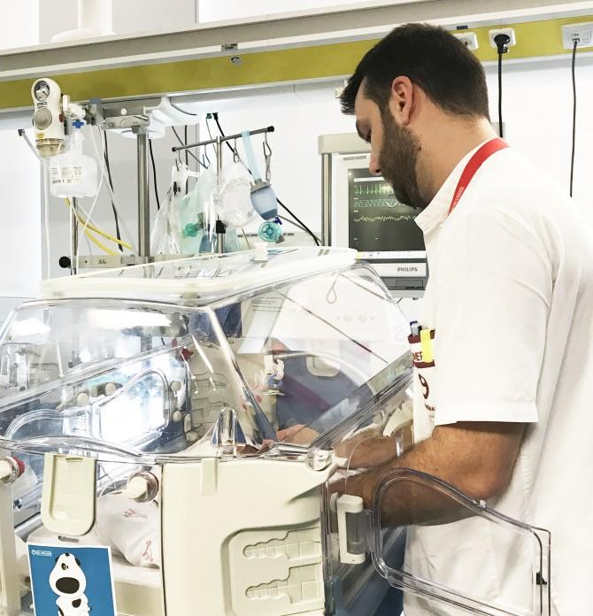 El Hospital del Vinalopó estudia las complicaciones asociadas a los catéteres periféricos en neonatos