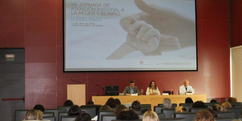 250 matronas debaten en el Hospital del Vinalopó sobre la influencia de la mente en los procesos obstétricos.