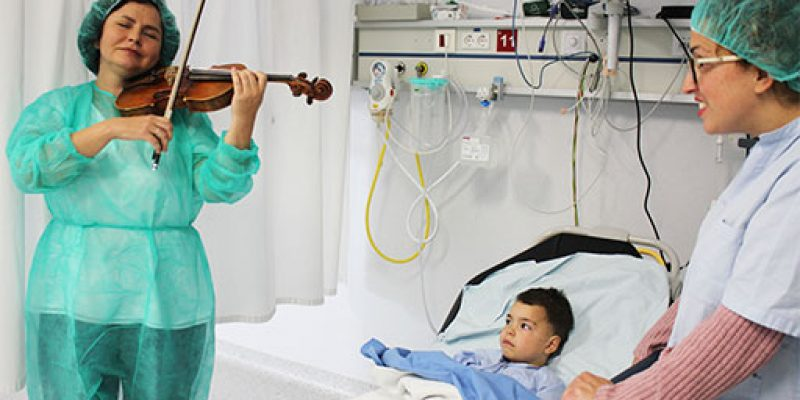 Conciertos para humanizar la atención sanitaria en el Hospital Universitario del Vinalopó