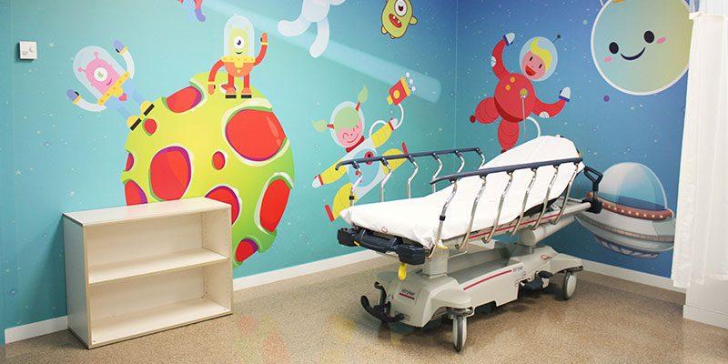 Vinalopó Salud humaniza las áreas de pediatría del departamento