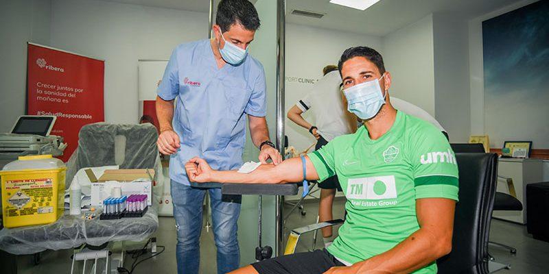 El Hospital Universitario del Vinalopó realiza las pruebas médicas de la plantilla del Elche CF de inicio de temporada